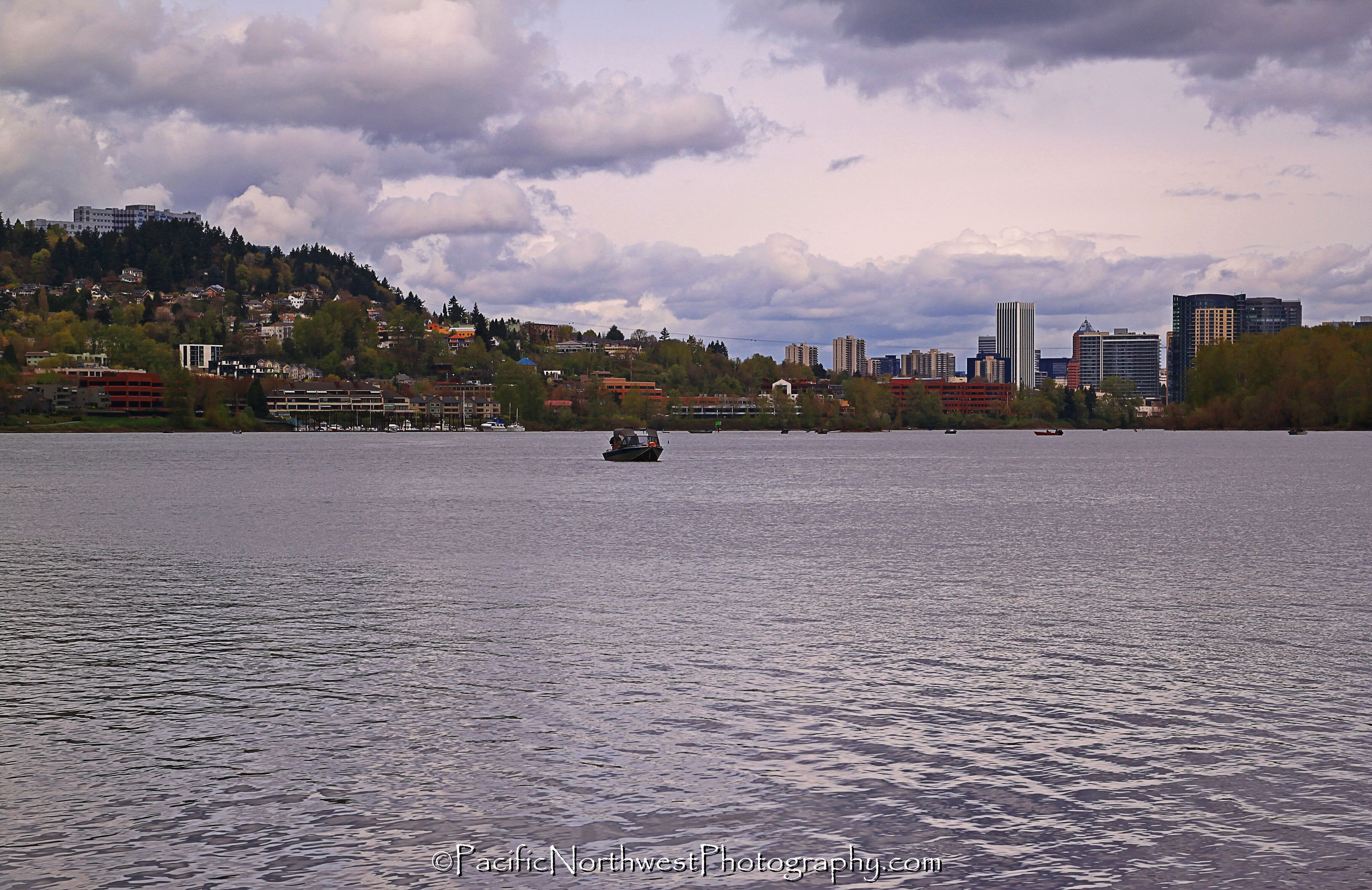 Willamette river and Downtown Portland