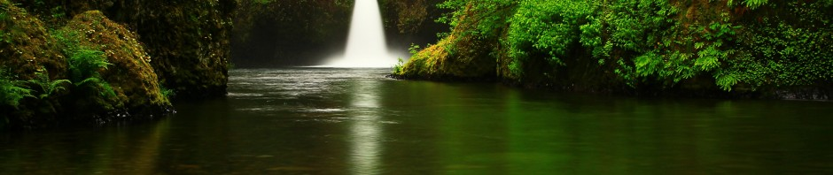 Punchbowl Falls at Eagle Creek, OR