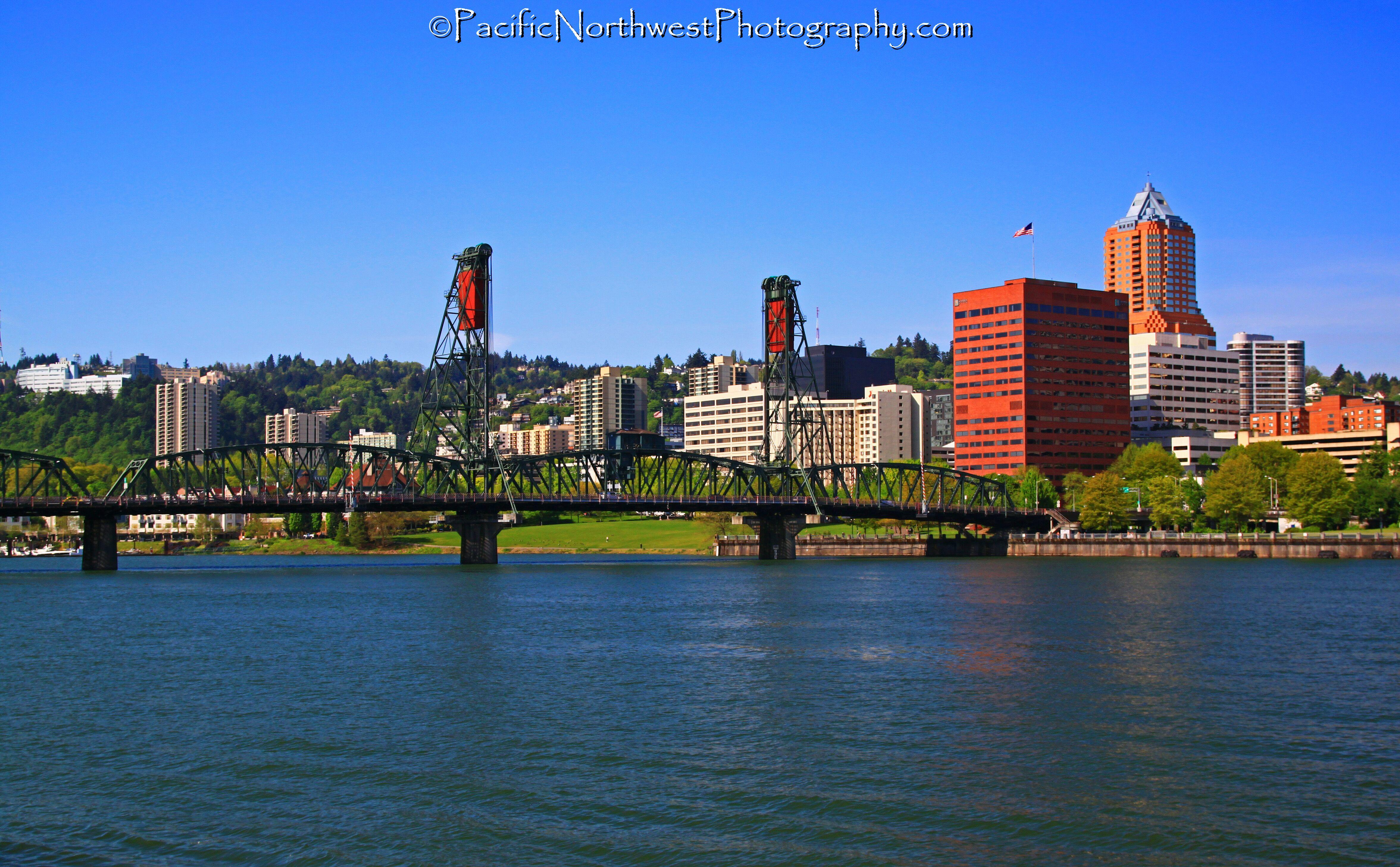 Hawthorne Bridge, Oregon