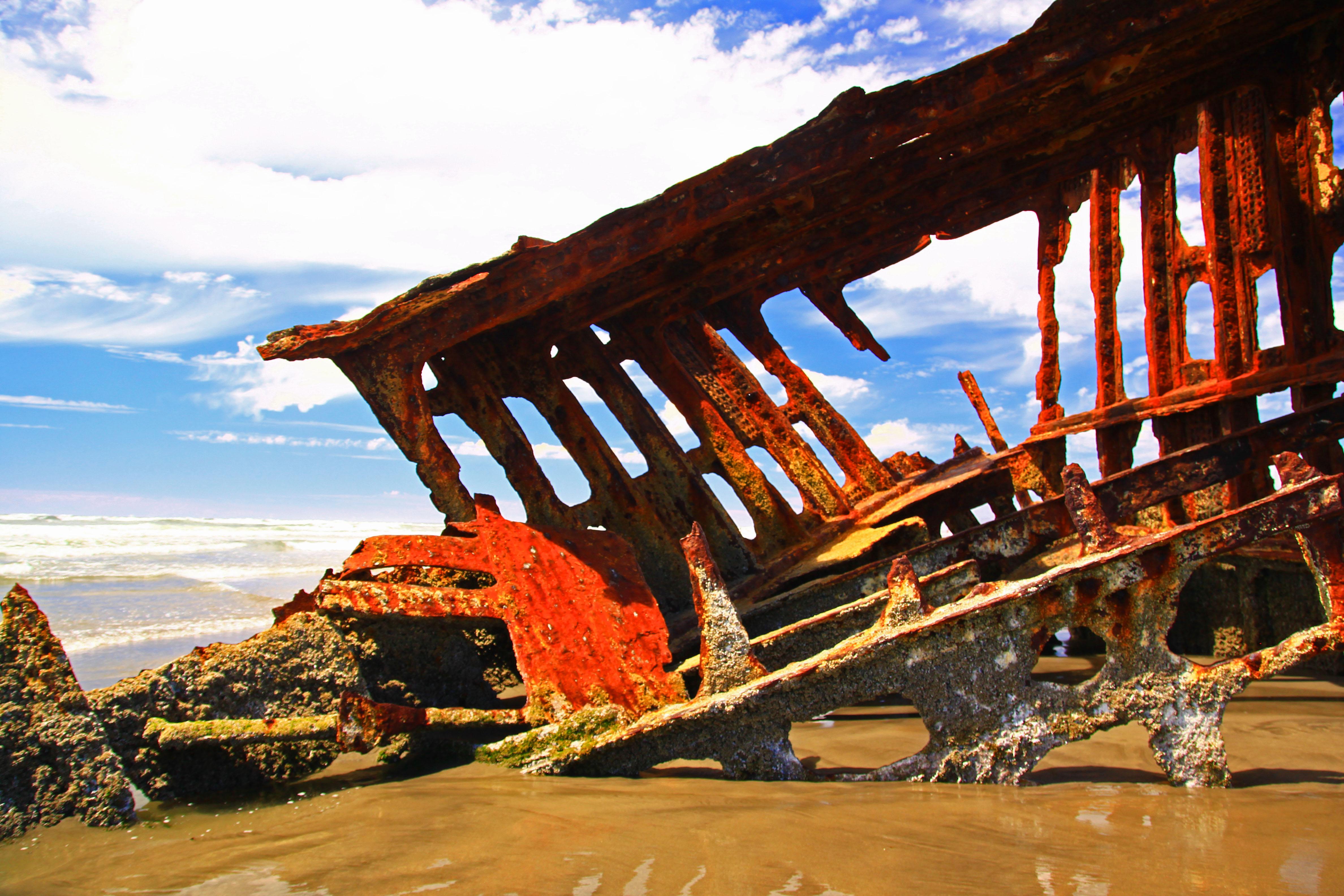 Peter Iredale Shipwreck at Fort Stevens, Oregon!